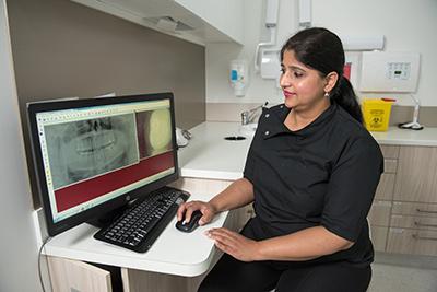 Dr Teena Bali (Dentist)